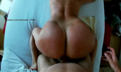 Hot amateur model gets fucked in a hotel