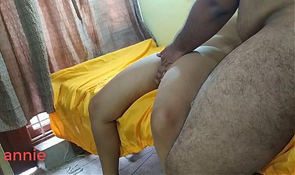 Yes, sir! Indian hot woman fingering her tight chut